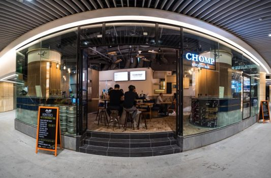CHOMP Kitchen & Bar – Commercial Restaurant & Bar Project
